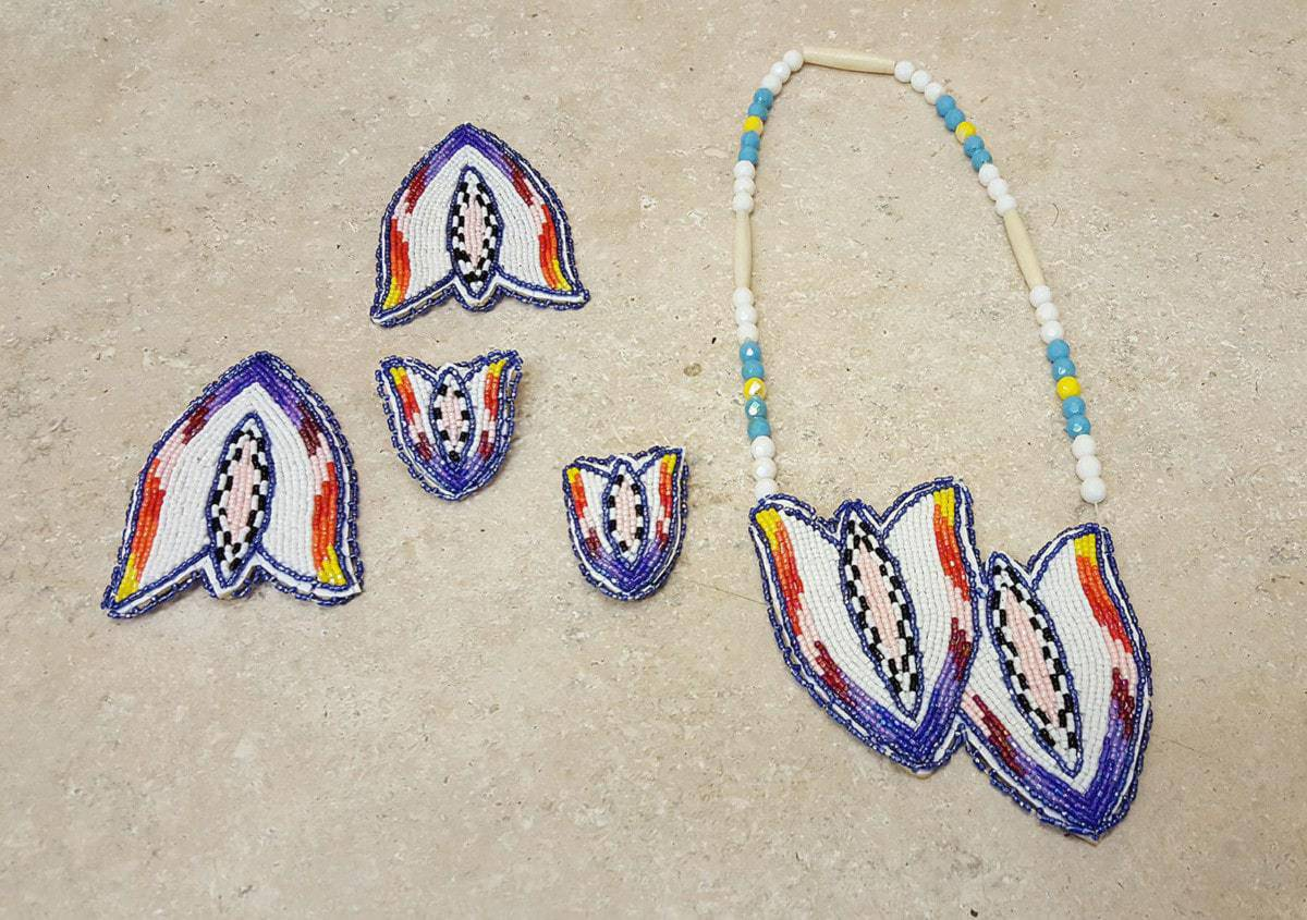 NEW 5 PIECE CUT BEADED TULIP NATIVE AMERICAN INDIAN DANCE SET – eBay Find of the Week - PowWows.com – Native American Pow Wows